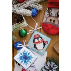 """Набір для вишивання бісером новорічної іграшки на натуральному художньому холсті """"Миле пінгвіня"""""""