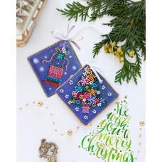 """Набір для вишивання бісером новорічної іграшки на натуральному художньому холсті """"Свято до нас приходить"""""""