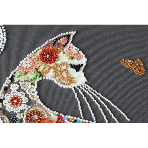 """Набір для вишивання бісером на натуральному художньому холсті """"Кішка і метелик"""""""